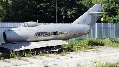 1142 - Mikoyan-Gurevich MiG-15 Fagot - Czechoslovakia - Air Force