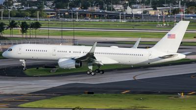 A picture of N119NA - Boeing 757223 - [24487] - © Juan Carlos Aponte
