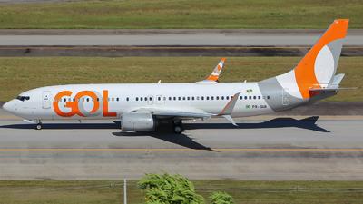 A picture of PRGUI - Boeing 7378EH - GOL Linhas Aereas - © Eduardo Jeppesen / GIG ao vivo