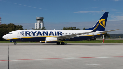 A picture of SPRKN - Boeing 7378AS - Ryanair - © Łukasz Stawiarz
