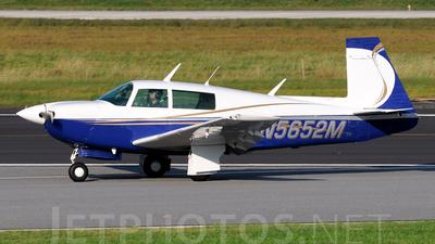 A picture of N5652M - Mooney M20J - [241596] - © Agustin Anaya
