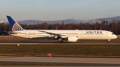 N91007 - Boeing 787-10 Dreamliner - United Airlines