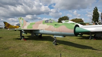 21 - Mikoyan-Gurevich MiG-21PFM Fishbed - Ukraine - Air Force
