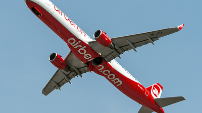 HB-JOX - Airbus A321-211 - Air Berlin (Belair Airlines)