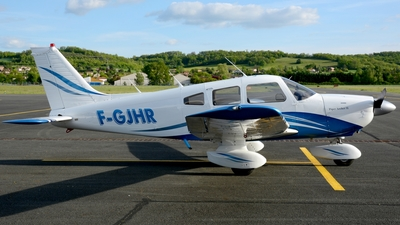 F-GJHR - Piper PA-28-181 Archer II - Private