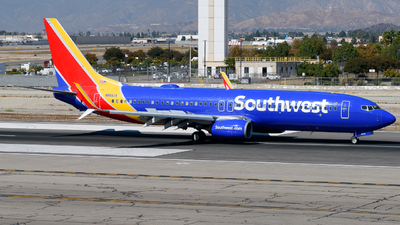 N8661A - Boeing 737-8H4 - Southwest Airlines