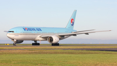 HL7750 - Boeing 777-2B5(ER) - Korean Air