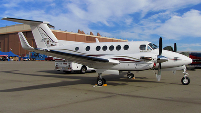 A picture of N929BW - Beech B200 Super King Air - [BB1630] - © Todd Wedgworth