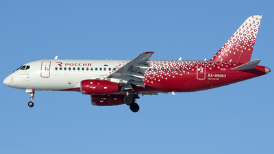 A picture of RA89063 - Sukhoi Superjet 10095B - Rossiya - © SN7756