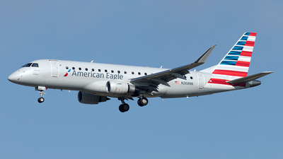 A picture of N268NN - Embraer E175LR - American Airlines - © Yixin Chen