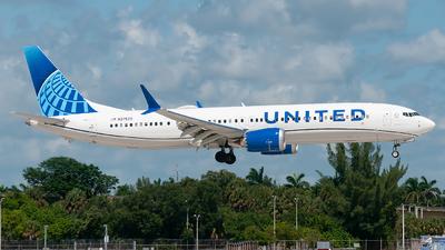 N37522 - Boeing 737-9 MAX - United Airlines