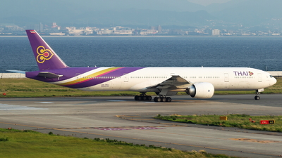 HS-TKU - Boeing 777-3D7ER - Thai Airways International