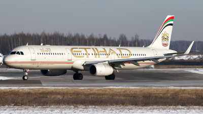 A picture of A6AEC - Airbus A321231 - Etihad Airways - © ShipSash