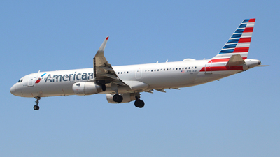 N933AM - Airbus A321-231 - American Airlines