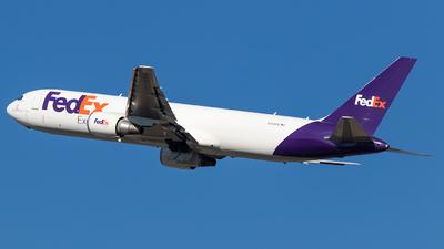 N109FE - Boeing 767-3S2F(ER) - FedEx