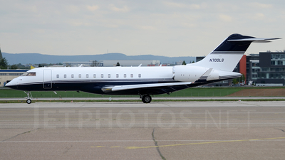 N700LS - Bombardier BD-700-1A10 Global 6000 - Private