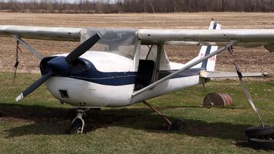 C-FYNA - Cessna 150J - Private