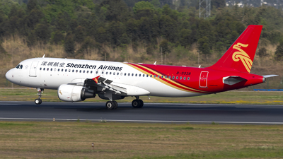 B-9938 - Airbus A320-214 - Shenzhen Airlines