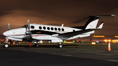 N89WC - Beechcraft B300 King Air 350 - Private