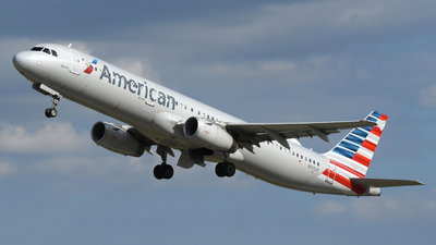 A picture of N917UY - Airbus A321231 - American Airlines - © DJ Reed - OPShots Photo Team