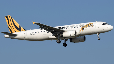 9V-TAU - Airbus A320-232 - Tiger Airways