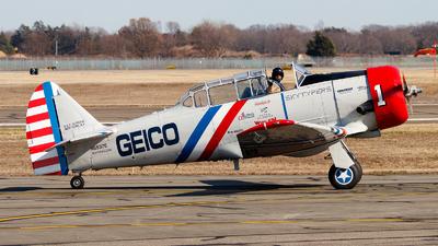 N65370 - North American SNJ-2 Texan - Geico Skytypers