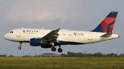 A picture of N349NB - Airbus A319114 - Delta Air Lines - © DJ Reed - OPShots Photo Team