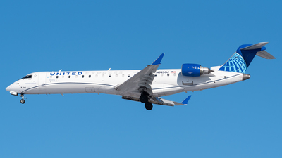 A picture of N543GJ - Mitsubishi CRJ550 - United Airlines - © Evan Dougherty