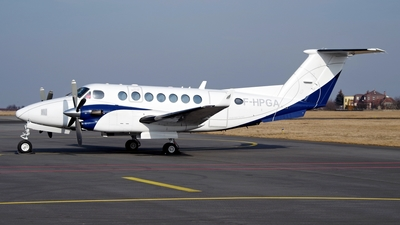 F-HPGA - Beechcraft B300 King Air 350i - Private