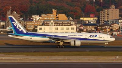 JA702A - Boeing 777-281 - All Nippon Airways (ANA)