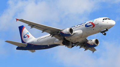 A picture of VPBTZ - Airbus A320214 - Ural Airlines - © ShipSash