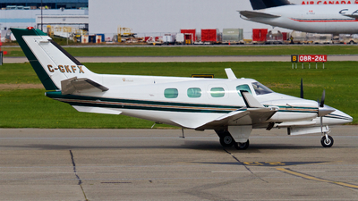 C-GKFX - Beechcraft A60 Duke - Private