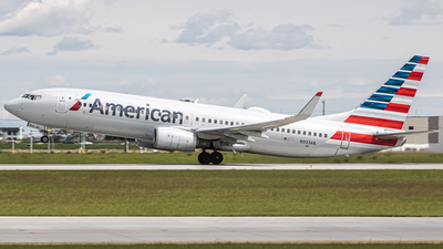 N933AN - Boeing 737-823 - American Airlines