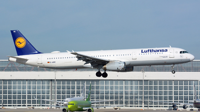 A picture of DAIRE - Airbus A321131 - Lufthansa - © Jeremy Denton