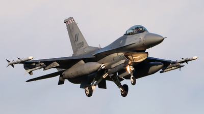 89-2008 - General Dynamics F-16C Fighting Falcon - United States - US Air Force (USAF)