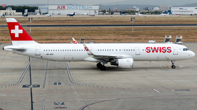 HB-IOO - Airbus A321-212 - Swiss