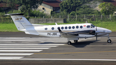 PK-JBK - Beechcraft B300 King Air 350 - Jhonlin Air Transport