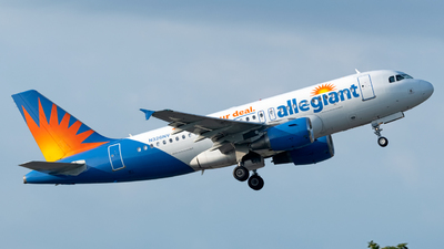 A picture of N326NV - Airbus A319111 - Allegiant Air - © Paul W