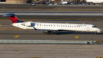A picture of N908XJ - Mitsubishi CRJ900LR - Delta Air Lines - © Sotos