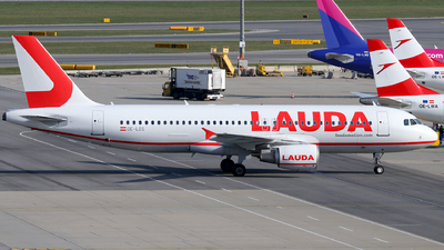 A picture of OELOS - Airbus A320214 - Laudamotion - © Max Hrusa