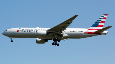 A picture of N758AN - Boeing 777223(ER) - American Airlines - © Chris Pitchacaren