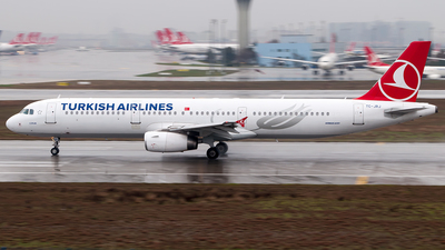 TC-JRJ - Airbus A321-231 - Turkish Airlines