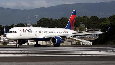 N536US - Boeing 757-251 - Delta Air Lines
