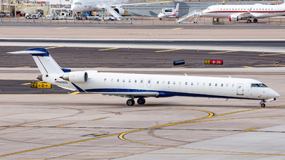 A picture of N898SK - Mitsubishi CRJ900LR - SkyWest Airlines - © Alexander Owen