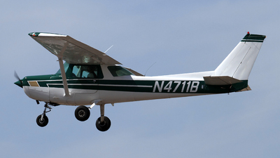 N4711B - Cessna 152 - Private
