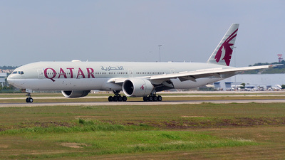 A7-BAC - Boeing 777-3DZER - Qatar Airways