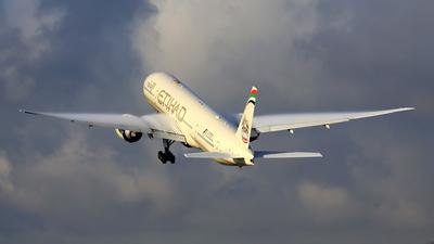 A6-ETP - Boeing 777-3FXER - Etihad Airways