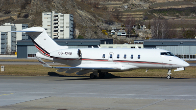 A picture of CSCHB - Bombardier Challenger 350 - NetJets - © Jeremy Denton