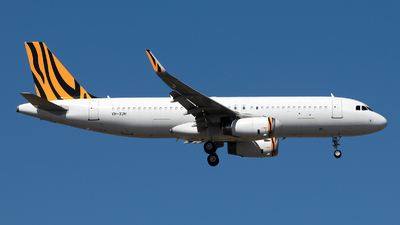VH-XUH - Airbus A320-232 - Untitled