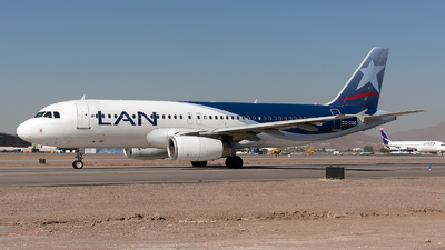 CC-CQO - Airbus A320-233 - LAN Airlines